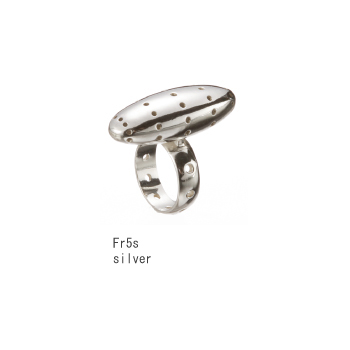 ring/silver by Aki Ichiriki